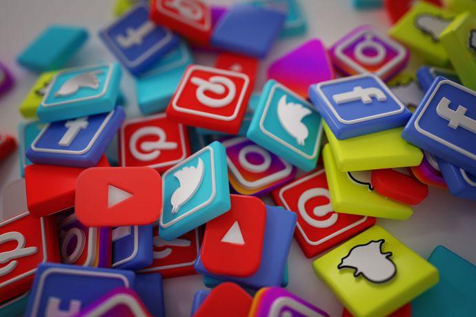 IMPACT OF SOCIAL MEDIA ON SOCIETY